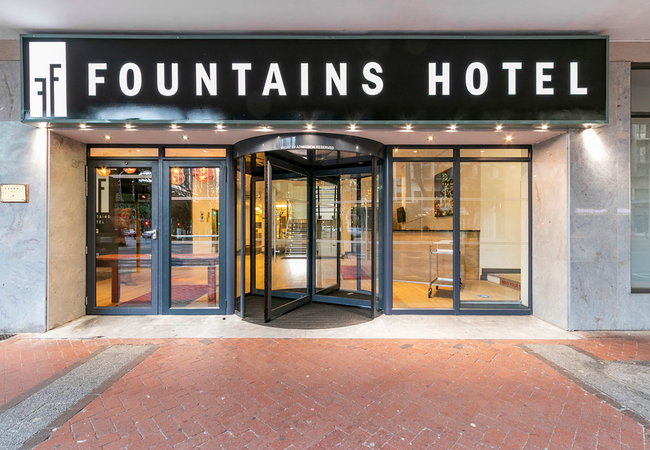 Fountains Hotel