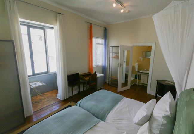 Twin Balcony Room 09