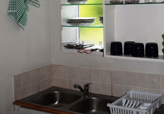 1A Seaview open plan kitchen