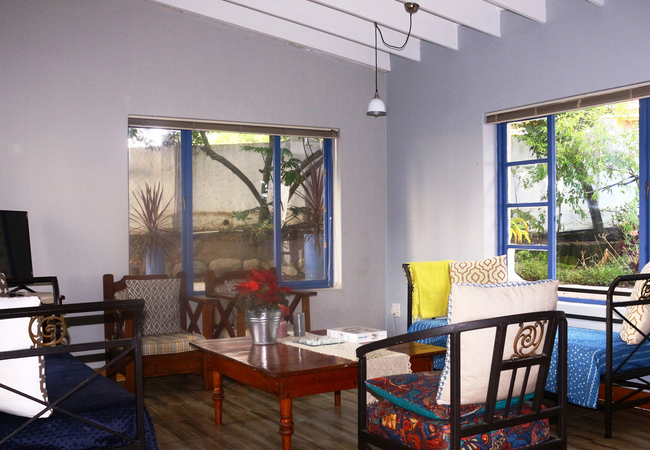 2B 2 Bedroom apartment – living room