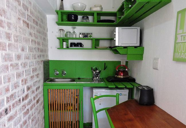 1B Studio kitchenette