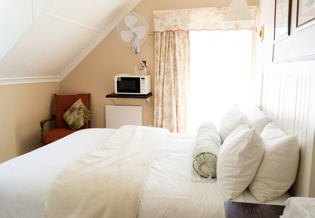 Double Room with Full Bathroom