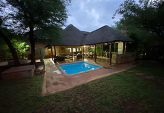 Bed & Breakfast in Marloth Park