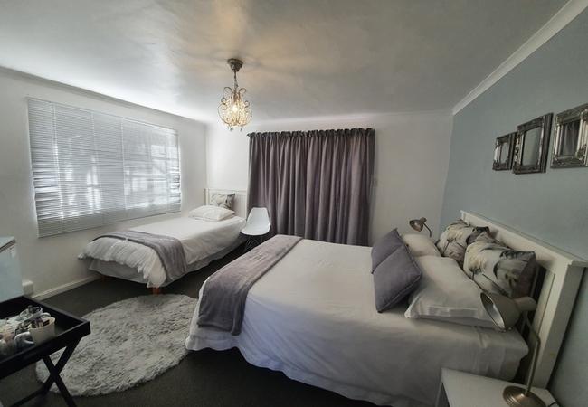 Family Room (Double   Single)