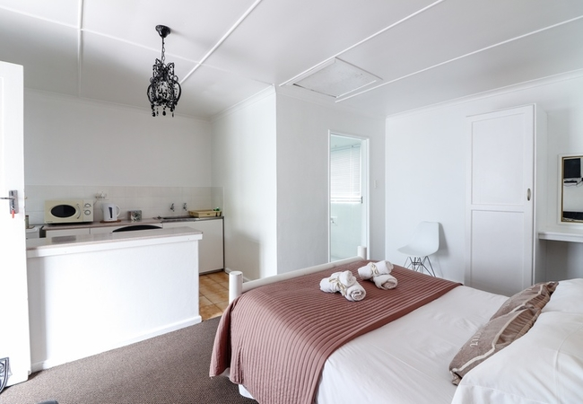 Self Catering Room (Double)