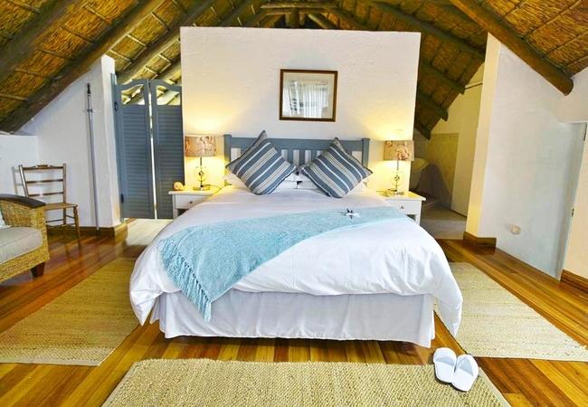 Honeymoon Sea View Suite