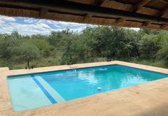 Giraffe's Bush Villa