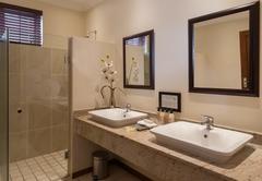 Standard Double / Twin Suites