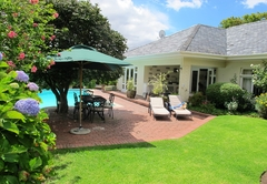 Accommodation in Claremont