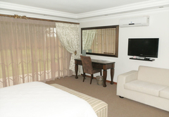 Glen Gory Manor Guest House
