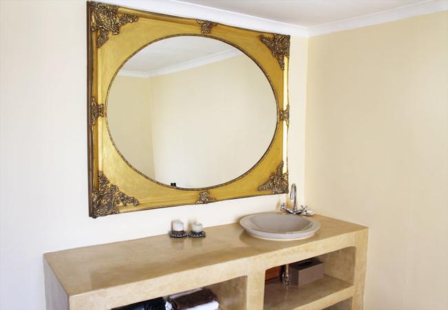 Room 3 - Golden Glen