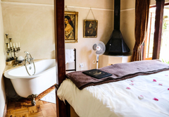 Room 4 - Ethnic Splendor