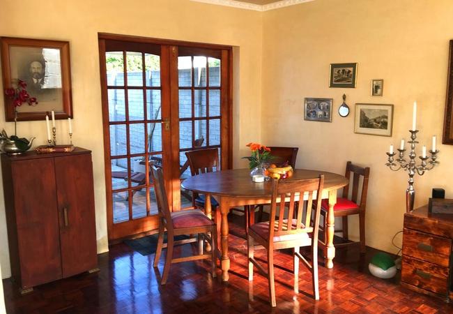 GM 10 dining room