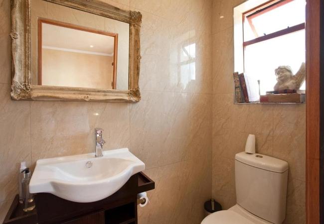 Bathroom Terrace Room 8