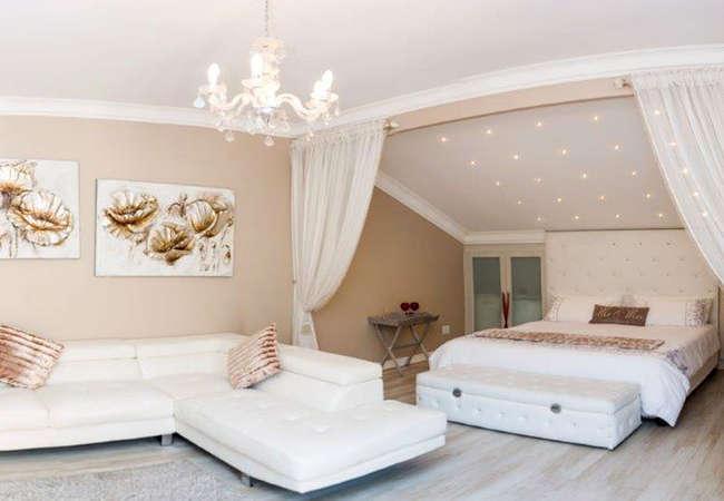 Luxury room / honeymoon suite