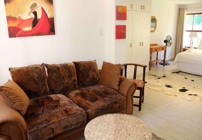 Robins Nest Studio Apartment