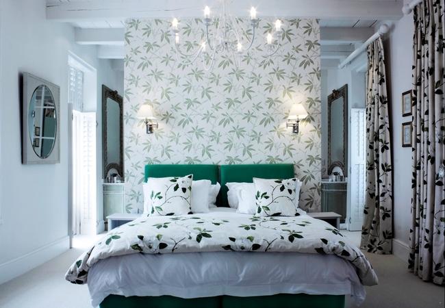Elegant Living Suite