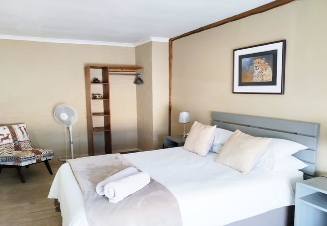 Self Catering Five - The Cottage