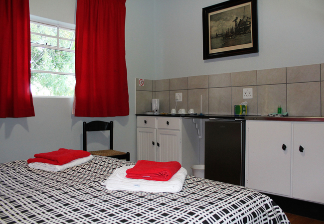 Two Private Rooms / Separate Shower