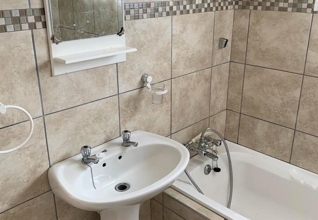 Garden, braai and outdoor entertainment area