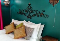 Jade - queen bed