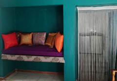 Jade -  sumptuous day bed