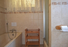 Type E Holiday House Sleeps 6