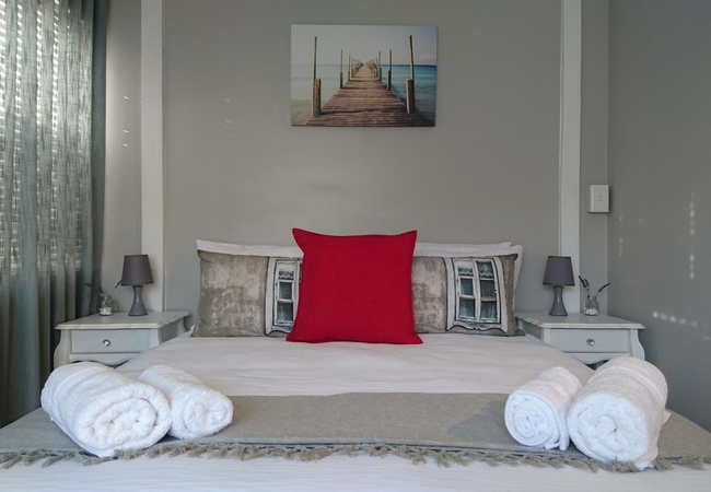 Suite 2 - double bed