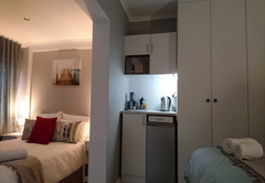Suite 2 - kitchenette