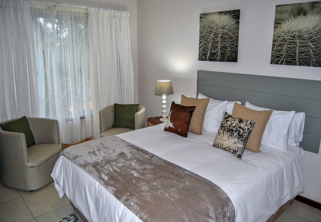 Luxury Queen Rooms