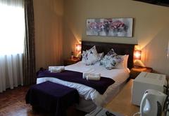 Standard Queen Room 2