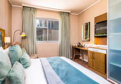 aha Harbour Bridge Hotel & Suites