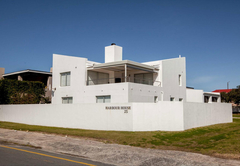 Harbour House 25