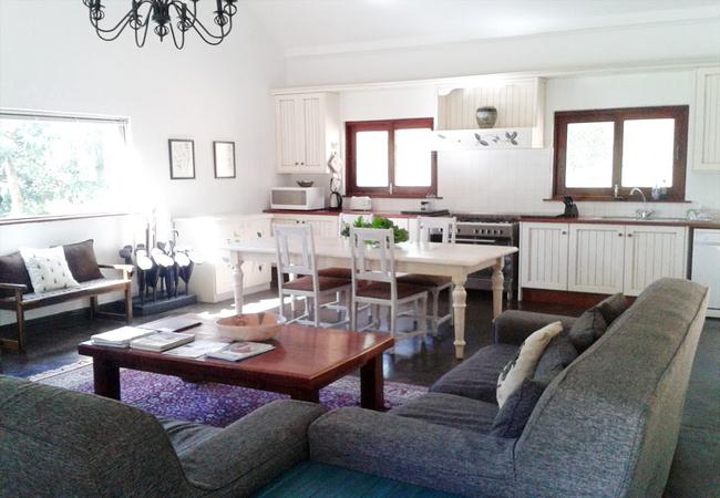 Herb Cottage, lounge