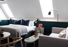 Room 8 Airy Loft Room