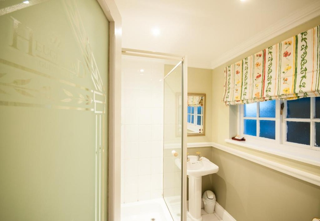 King Sized Room Shower Only