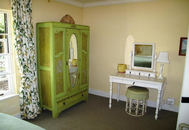 Buttercup Room
