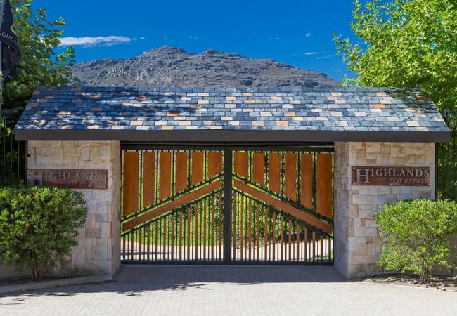 Entrance to Highlands Eco