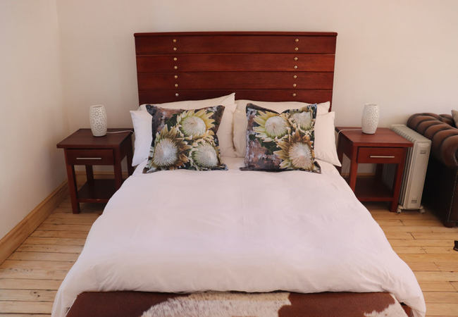 Queen Size bed in cabin
