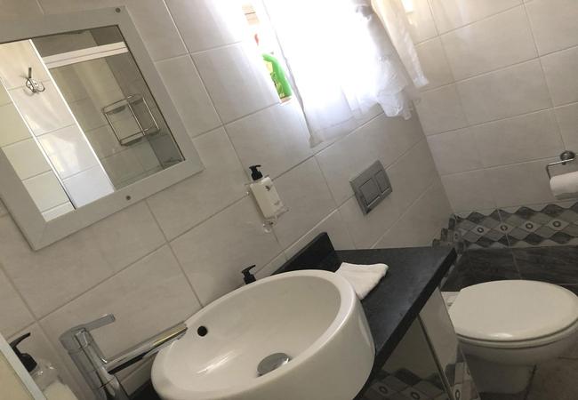 Dabchick lounge/kitchen