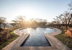The Hilton Bush Lodge - Swimming Pool