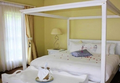 French Oak Suite