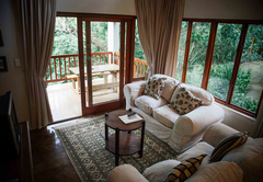 Honeywood Forest Lodge