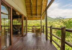 River Lodge - Balcony