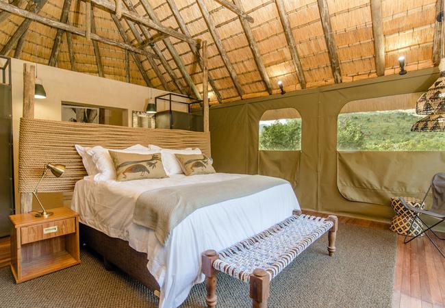 River Lodge - Bedroom