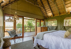 River Lodge - Bedroom