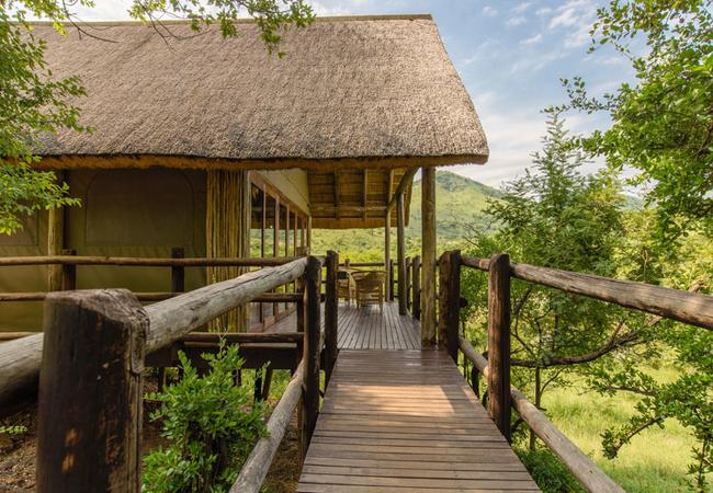 River Lodge - Entrance