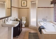 Ostrich Room Bathroom