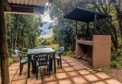 Inyoka Cabin kitchen