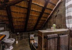 Ingwe Cabin deck